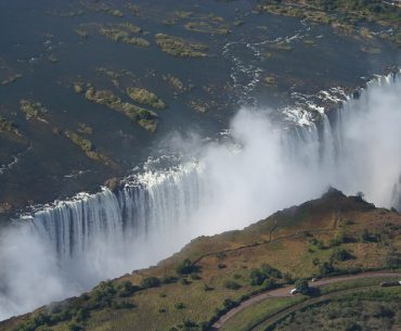 Zimbabwe, Victoria Falls: the smoke that thunders