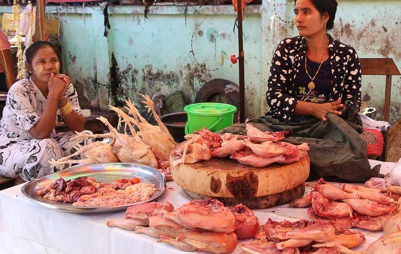 Mandalay, Zegyo (Zay Cho) Market