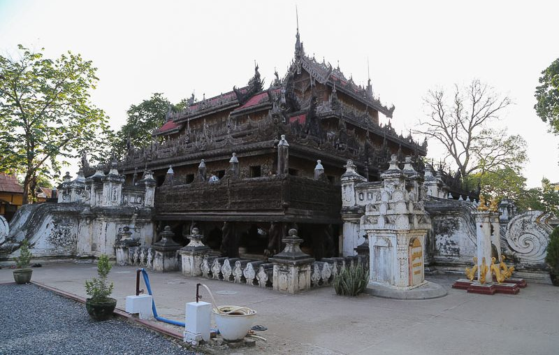 Mandalay, the Shwenandaw Kyaung temple