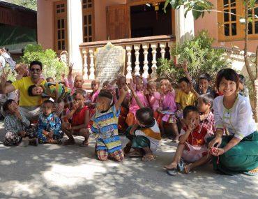 Mandalay surroundings, Saigang Hill - Aung Myae OO Monastic school