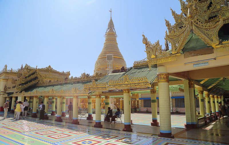 Mandalay surroundings, the Soon Oo Ponya Shin Pagoda in Saigang