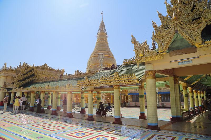 Mandalay surroundings, the Soon Oo Ponya Shin Pagoda in Saigang