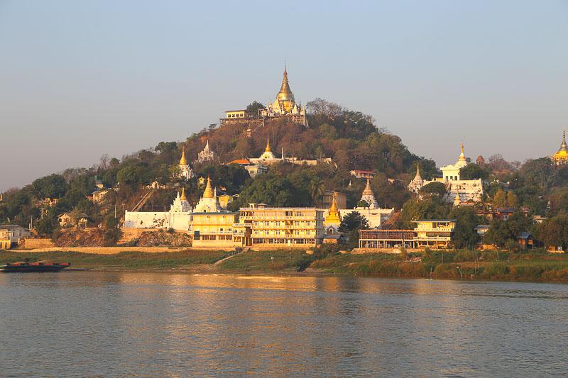 Mandalay surroundings, Saigang Hill