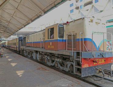 Yangon, old train approacching