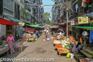 Yangon, Theingyi Zay market