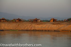 Myanmar, the bank of the Irrawaddy River