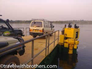 Paraa ferry, Uganda