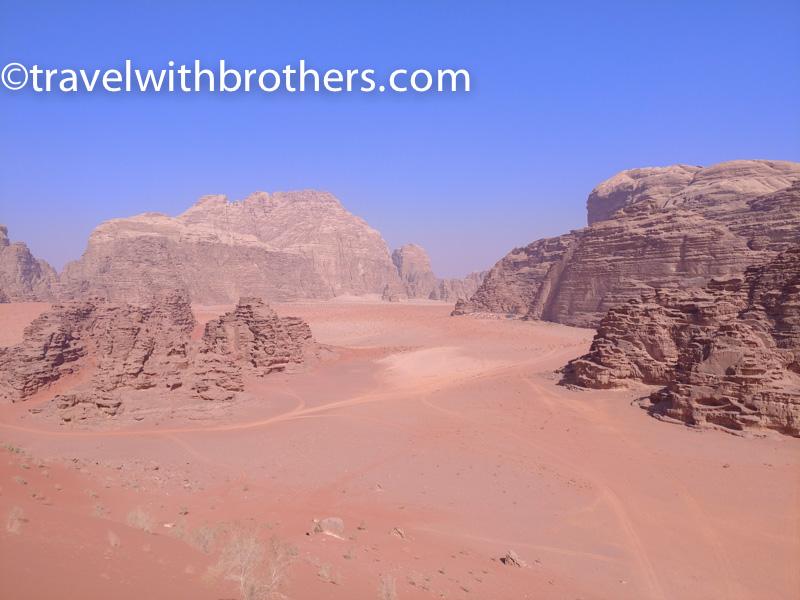 Wadi Rum, veduta delle alte montagne