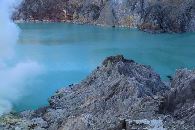 The crater lake, Ijen Volcano