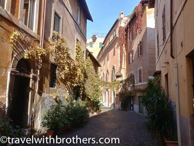Rome, Trastevere - Via Piscinula