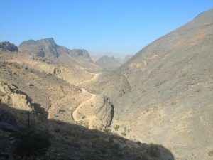 Wadi Bani Awf - road from Bald Sayt to Shorfet al Alamin