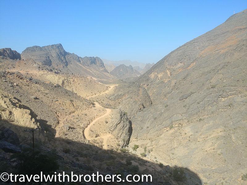 Wadi Bani Awf - road from Bald Sayt to Shorfet al Alamin