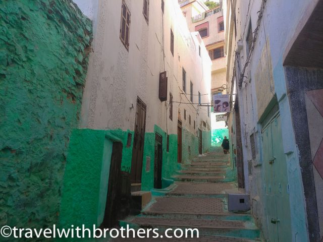 Moulay Idriss, the charming narrow alleys