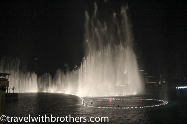 Dubai Fountain lights show
