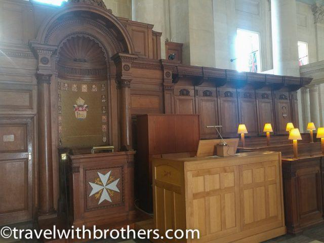 Valletta, St Paul Pro Cathedral Bishop's throne