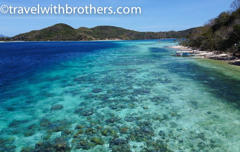 Coron, the clear shallow sea in Banana island