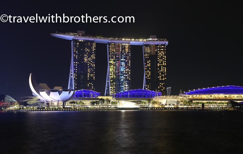 Singapore, Marina sands Bay complex at night