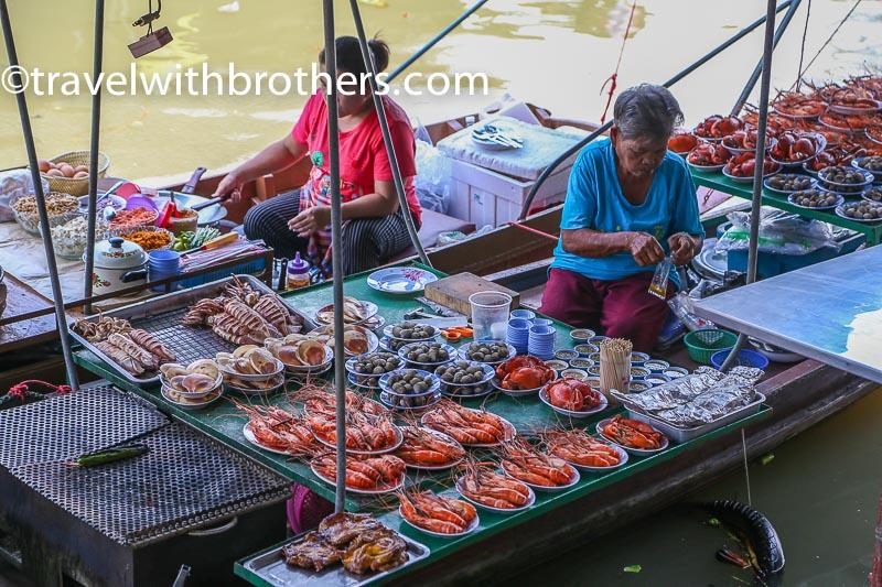 Thailand, Amphawa floating market