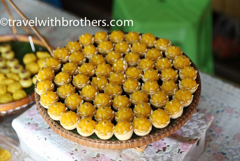 Thailand, dessert stall in Amphawa floating market